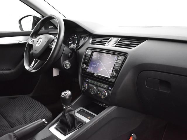 Skoda Octavia Combi 1.2 TSI GT ELEGANCE BUSINESSLINE + 18 INCH   XENON   CANTON AUDIO   NAVIGATIE   STOELVERWARMING