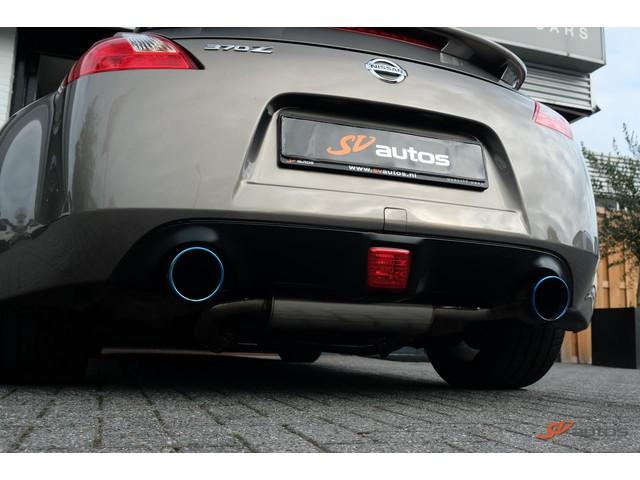 Nissan 370Z 3.7 V6 330pk NLauto Navi Xenon Bose 19 Rays Velgen Keyless Invidia Uitlaat