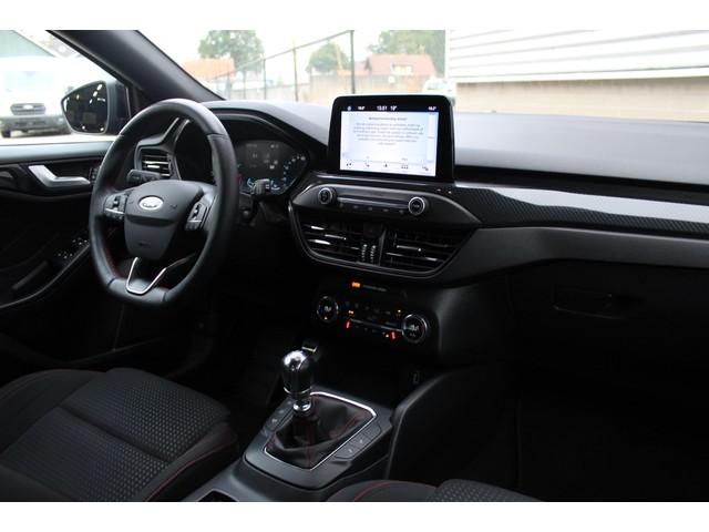 Ford Focus 1.0 EcoBoost 125PK ST Line Business   Winter Pack   18 LMV   Keyless