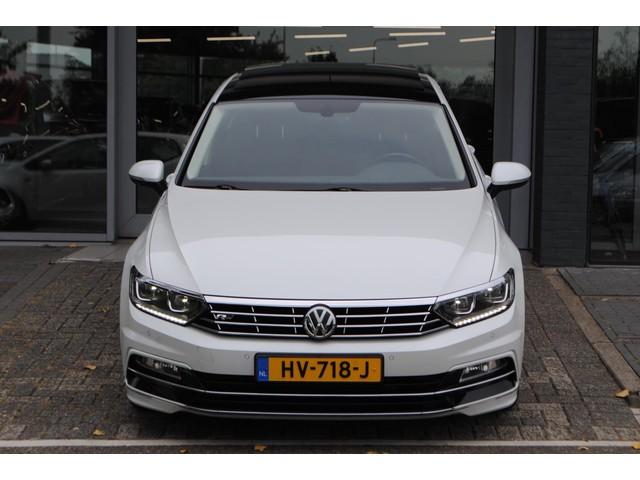 Volkswagen Passat 1.4 TSI ACT Business Edition R VIRT. COCKPIT PANO!