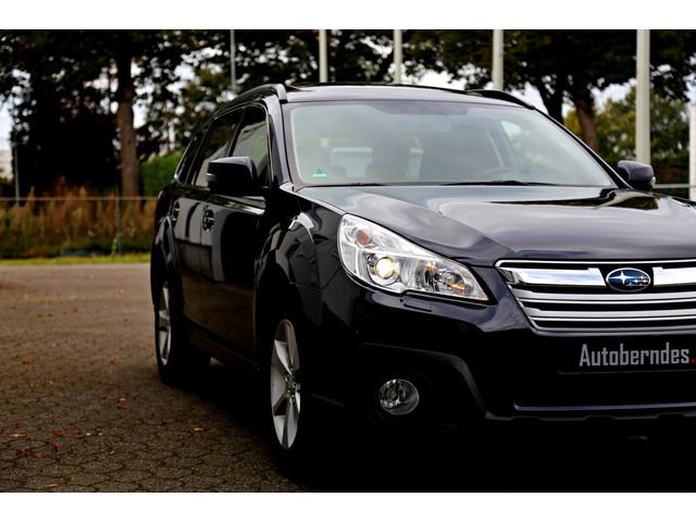 Subaru Outback 2.5i AWD Comfort Automaat*Perfect Subaru onderh.*1ste Eig!*Trekhaak Leder Stoelverw. Schuifdak Navi Xenon Keyless entry+go Cruis