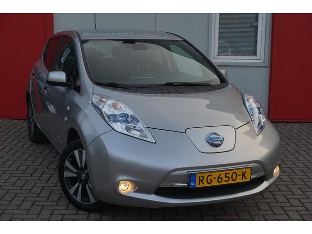Nissan Leaf Business Edition Bose 30 kWh | € 12.999 Ex BTW | Leder | 360* Camera | LED | Navigatie | NL auto