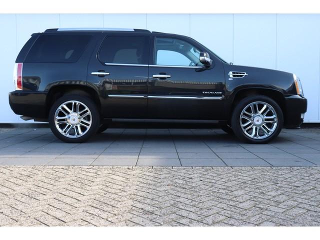 Cadillac Escalade 6.2 V8 Sport Luxury Platinum | 7 PERS! | 410 PK | NAVI | CAMERA | SCHUIFDAK | LEDER |