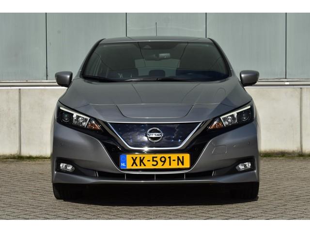 Nissan Leaf N-Connecta 40 kWh | Incl. BTW €23800,- | 1e Eigenaar | Rondom Camera's |