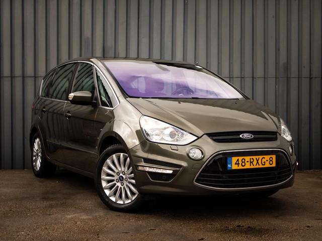 Ford S-Max 1.6 EcoBoost Titanium 7p, 1-Ste-Eigenaar, Dealer onderh., Navigatie, Panorama-Dak, Trekhaak, Leer, Sport-Stoelen, Parkeersensor