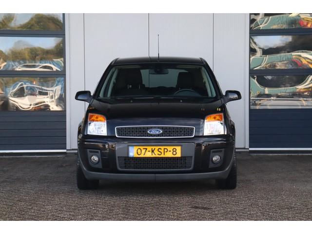 Ford Fusion 1.6-16V | Automaat | Navigatie | Airco | Voorruitverwarming | 4-Seizoensbanden
