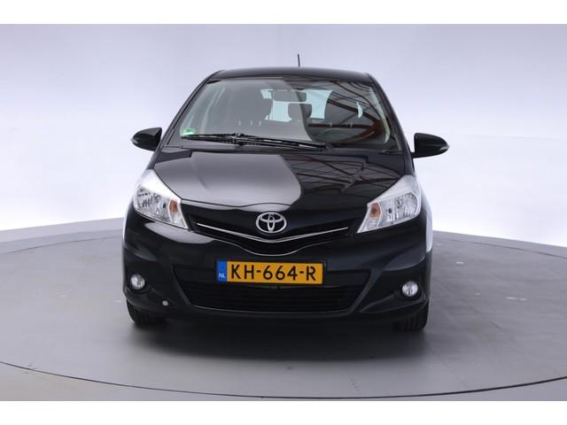 Toyota Yaris 1.0 VVT-i Aspiration [ Airco - Trekhaak - 5DRS ]