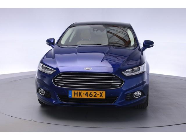 Ford Mondeo 1.5 Titanium Aut [ Leder Stoel-Stuurverwarming Pano ]