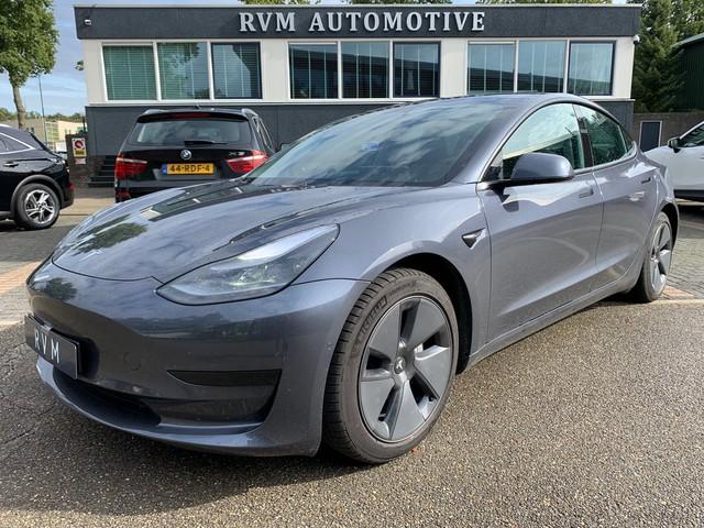 Tesla Model 3 RWD PLUS ALL-IN PRIJS | AUTOPILOT | LEDER | ELEKTRISCHE KLEP | PANORAMA DAK |