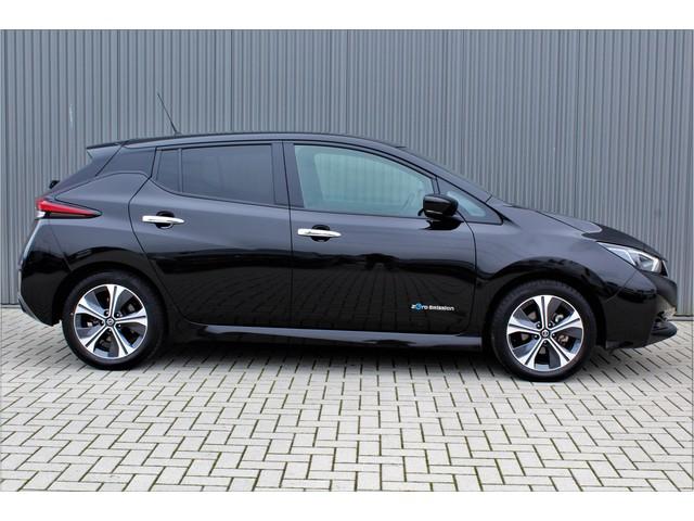 Nissan Leaf N-Connecta 40 kWh 25000KM! 1e eig.!